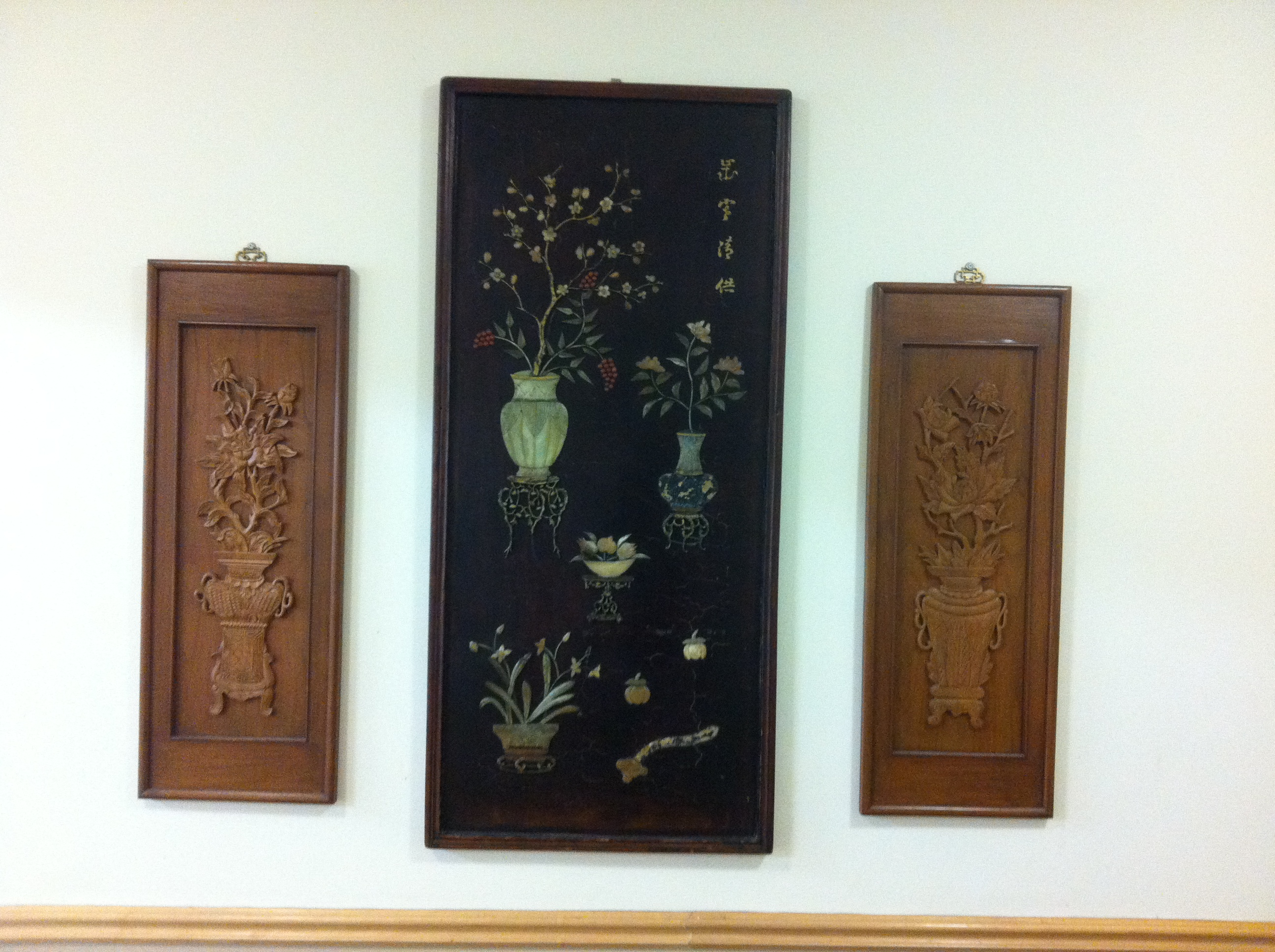 More relics of the Talisman's glorious Polynesian past...some wall hangings on a wall hidden by an emergency exit.