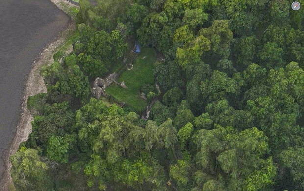 Aerial image of what remains of Fort Senneville built in 1692. (photo: Google Maps)