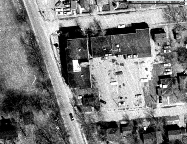 A 1965 aerial image of The Riverside Hotel. (geoOttawa image)