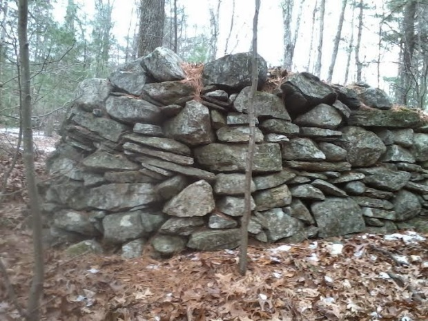A similar stone structure in Connecticut.