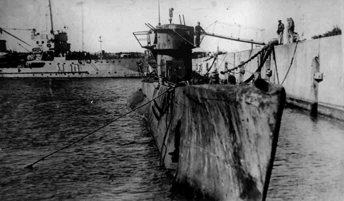U-977 after surrennder in Argentinian harbour 99 days after the end of the war.