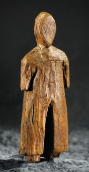 carved-figure-baffin